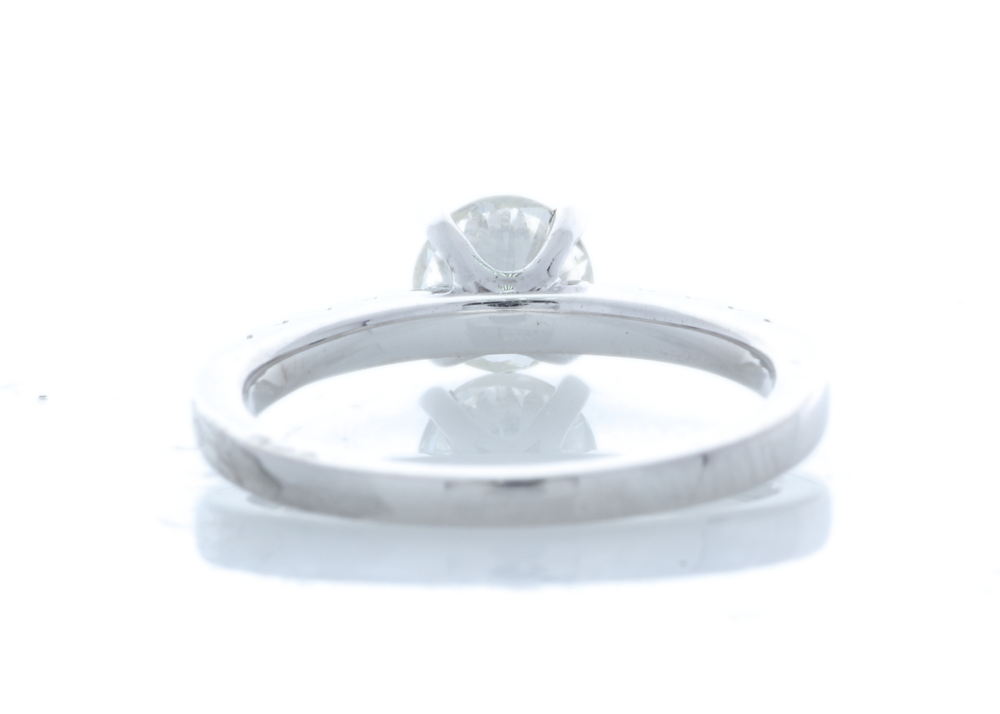 18ct White Gold Stone Set Shoulders Diamond Ring 0.90 Carats - Image 4 of 5