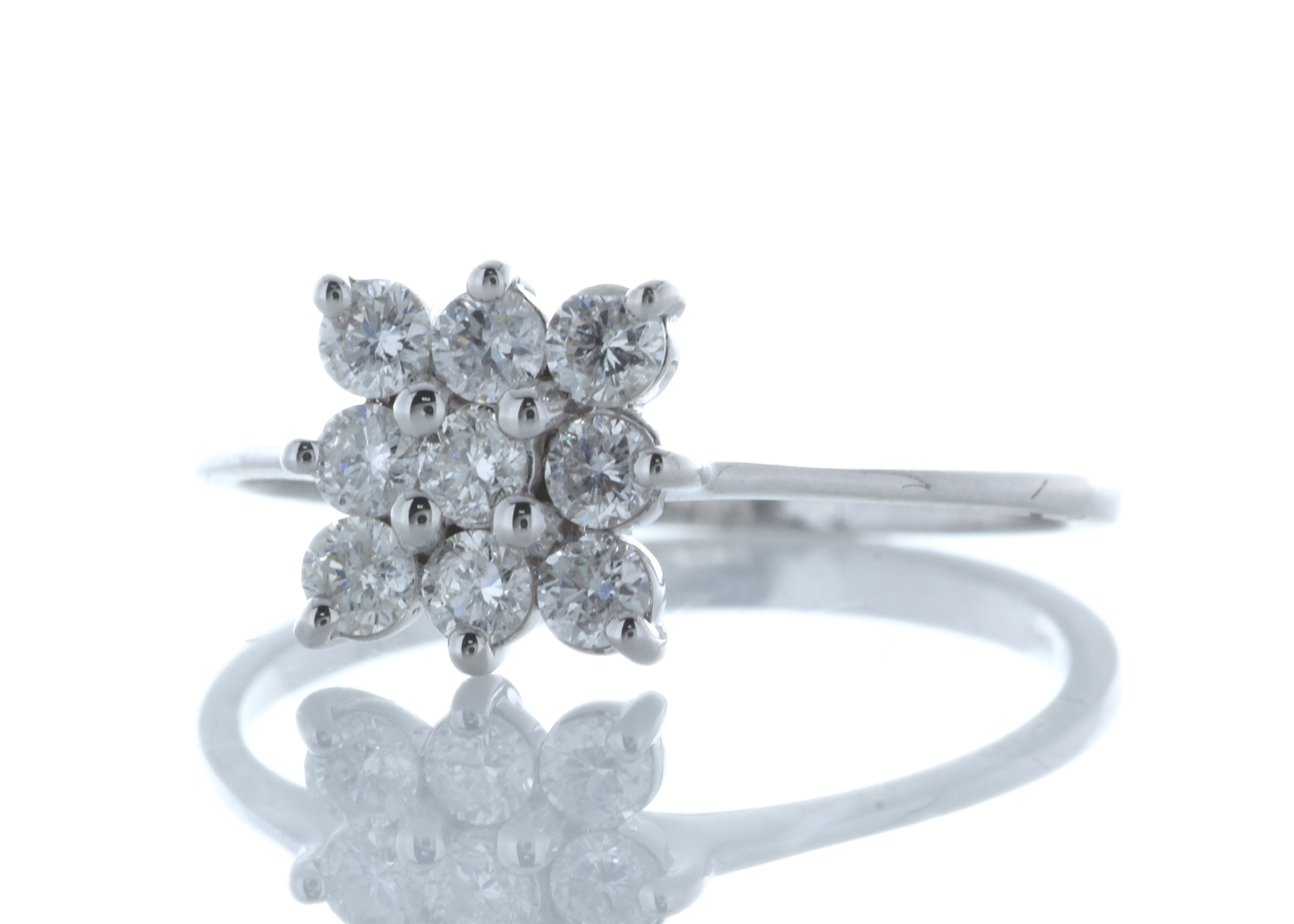 18ct White Gold Fancy Cluster Diamond Ring 0.45 Carats - Image 2 of 4