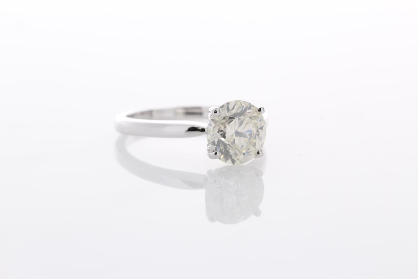 18ct White Gold Single Stone Prong Set Diamond Ring 2.02 Carats - Image 4 of 5