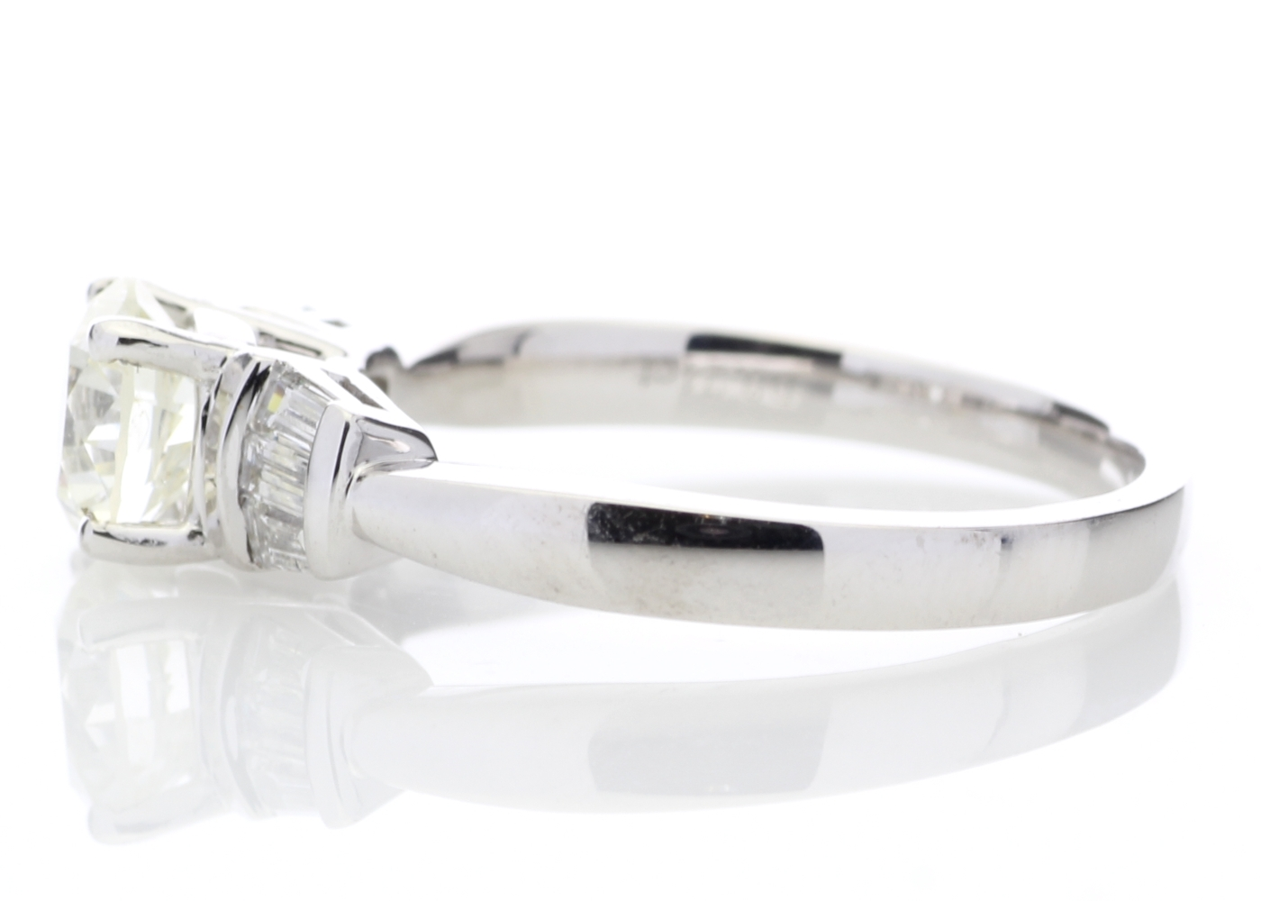 18ct White Gold Baguette Set Shoulders Diamond Ring 1.26 Carats - Image 3 of 4