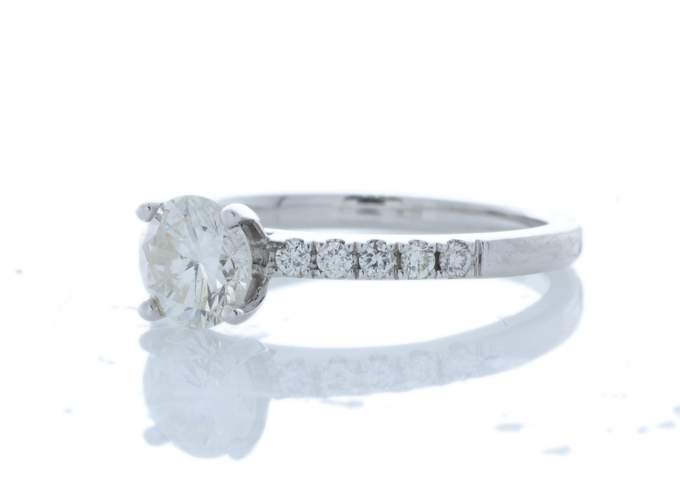 18ct White Gold Stone Set Shoulders Diamond Ring 0.90 Carats - Image 3 of 5