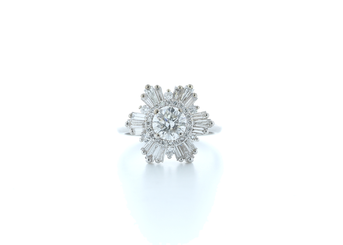 18ct White Gold Round Cluster Claw Set Diamond Ring 1.58 (0.77) Carats
