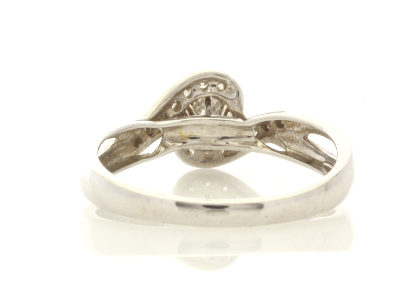 18ct White Gold Stone Set Shoulders Diamond Ring 0.61 Carats - Image 3 of 5