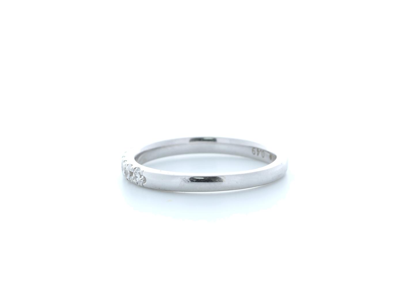 18ct White Gold Claw Set Semi Eternity Diamond Ring 0.35 Carats - Image 3 of 4