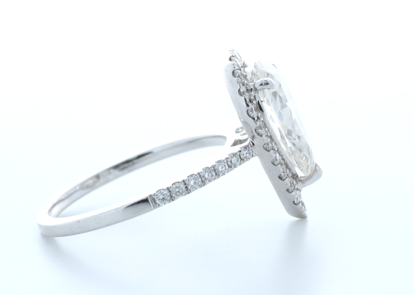 18ct White Gold Single Stone With Halo Setting Ring 2.54 (2.04) Carats - Image 4 of 5