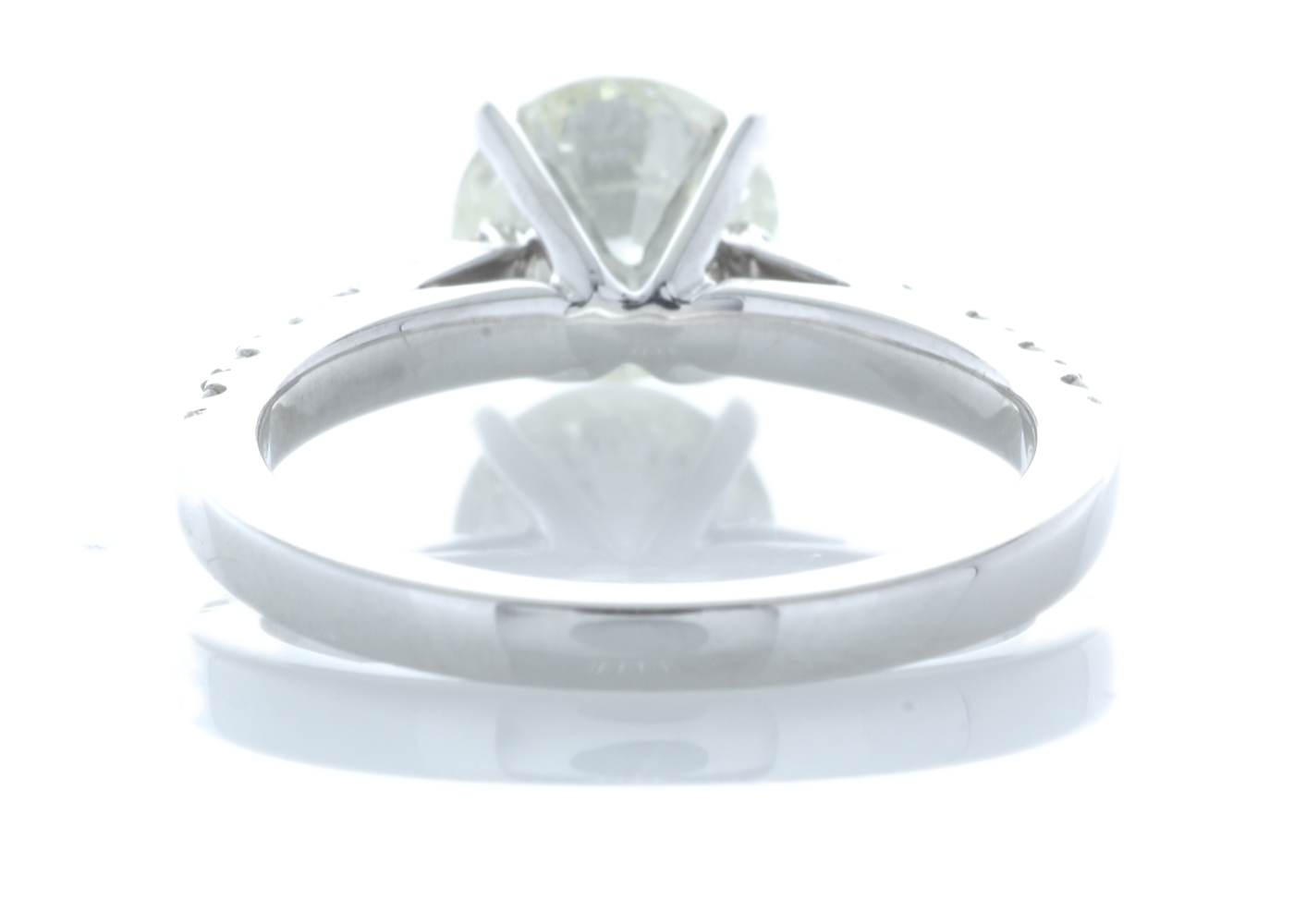18ct White Gold Stone Set Shoulders Diamond Ring 1.92 Carats - Image 3 of 6