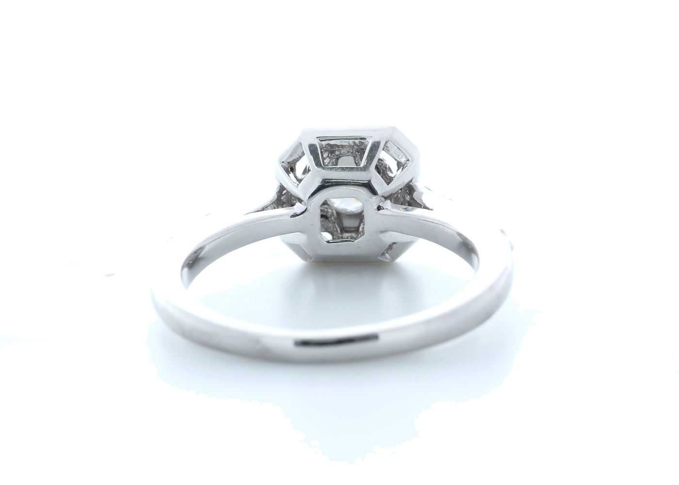 18ct White Gold Diamond Halo Setting Ring 0.55 Carats - Image 3 of 5