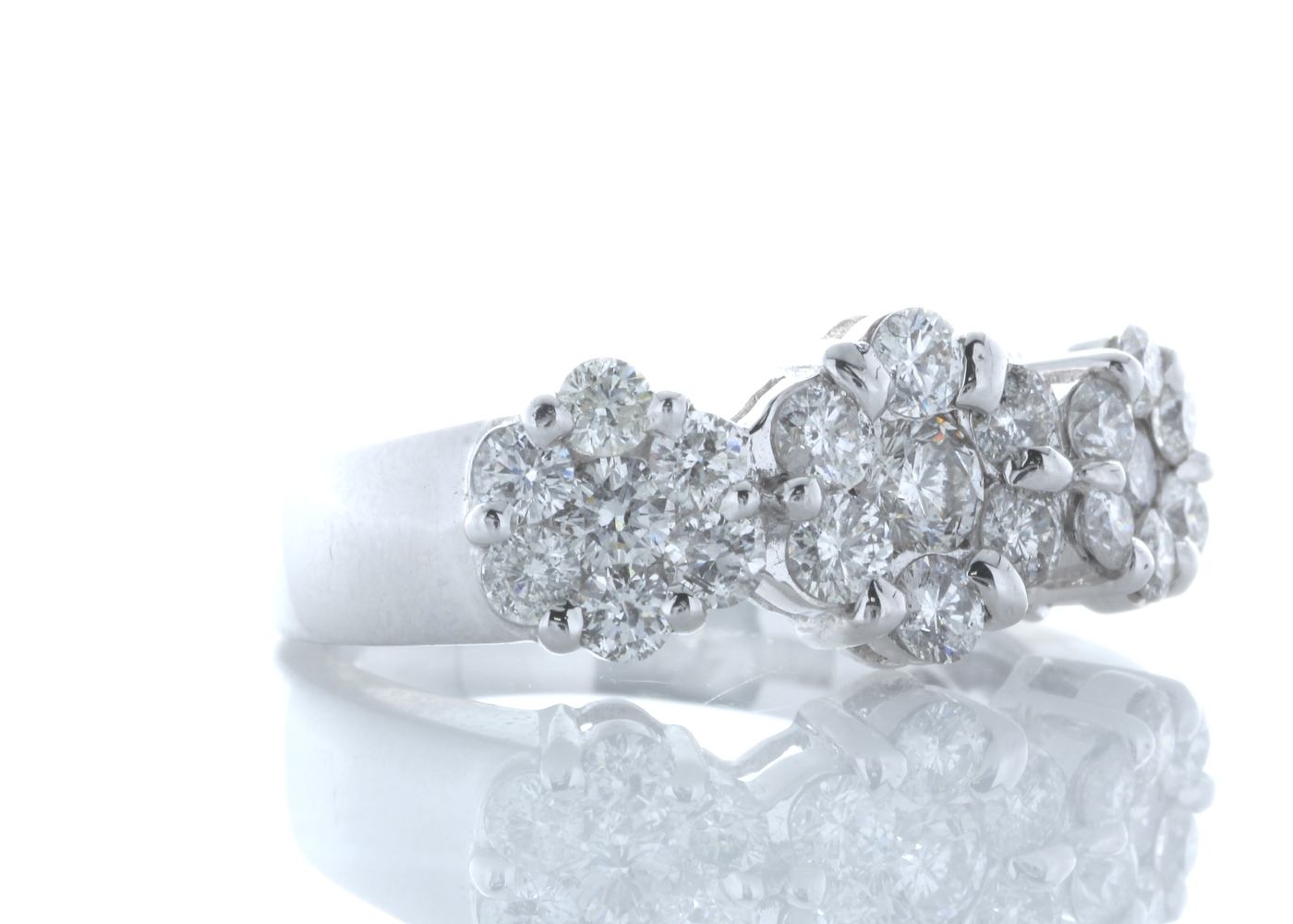 18ct White Gold Flower Cluster Diamond Ring 1.50 Carats - Image 4 of 5