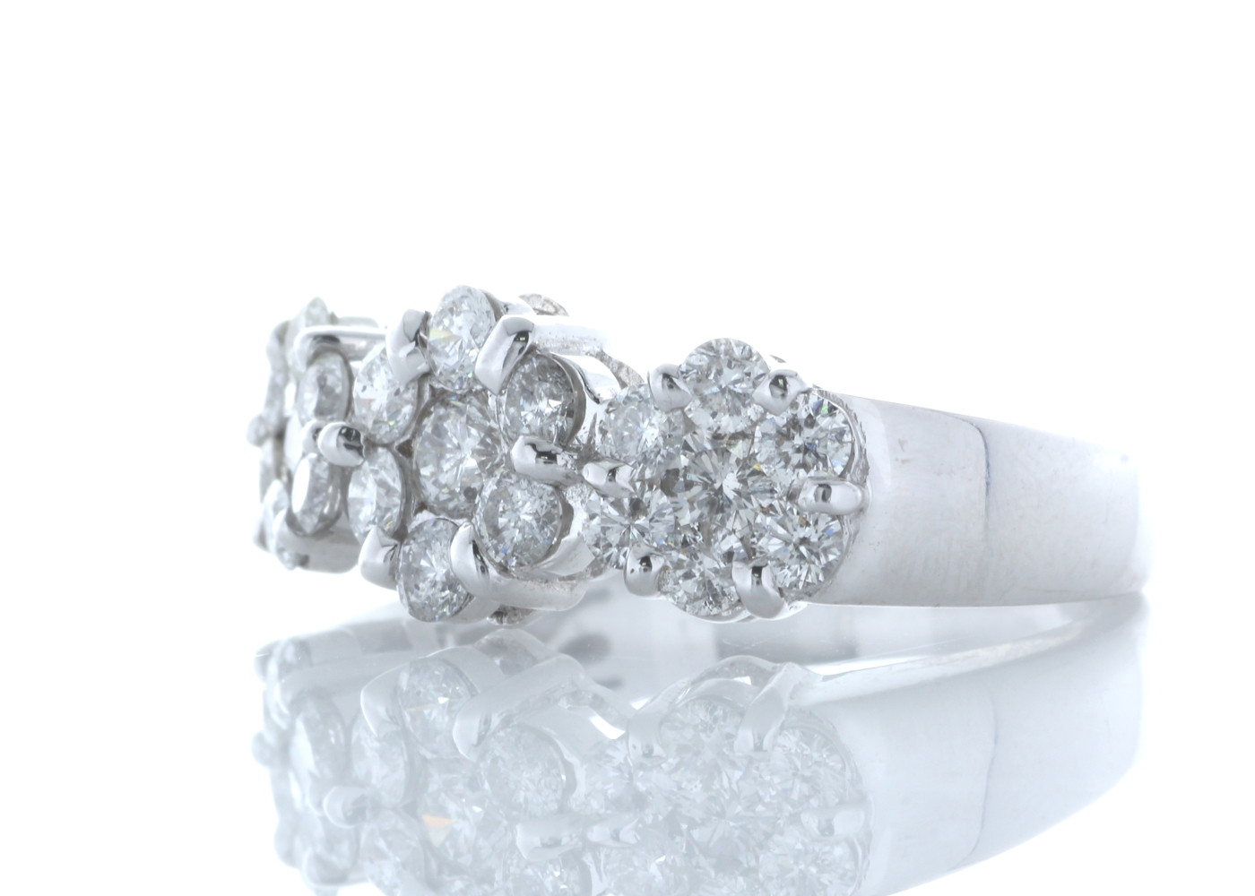 18ct White Gold Flower Cluster Diamond Ring 1.50 Carats - Image 2 of 5