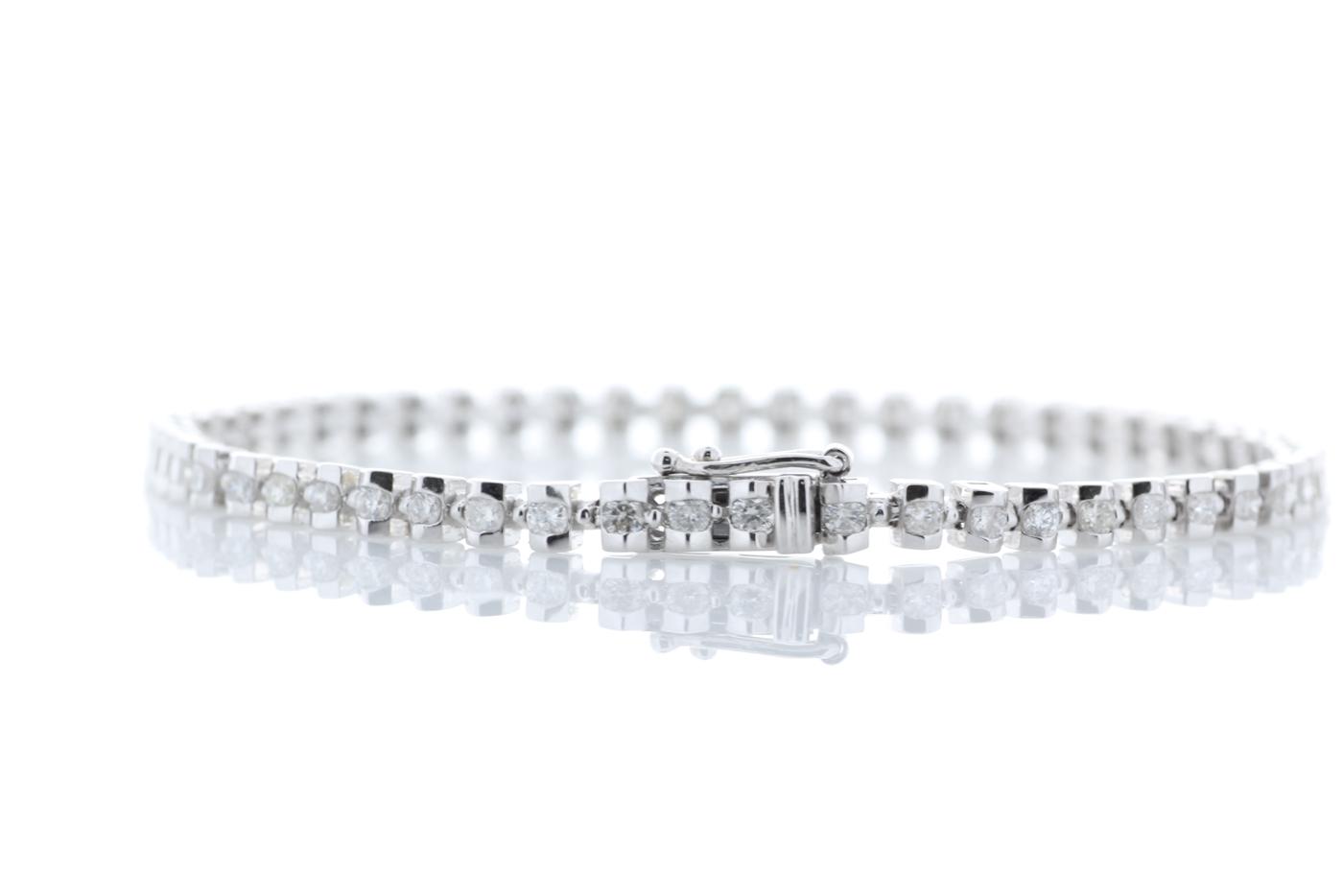 18ct White Gold Tennis Diamond Bracelet 1.82 Carats - Image 3 of 4
