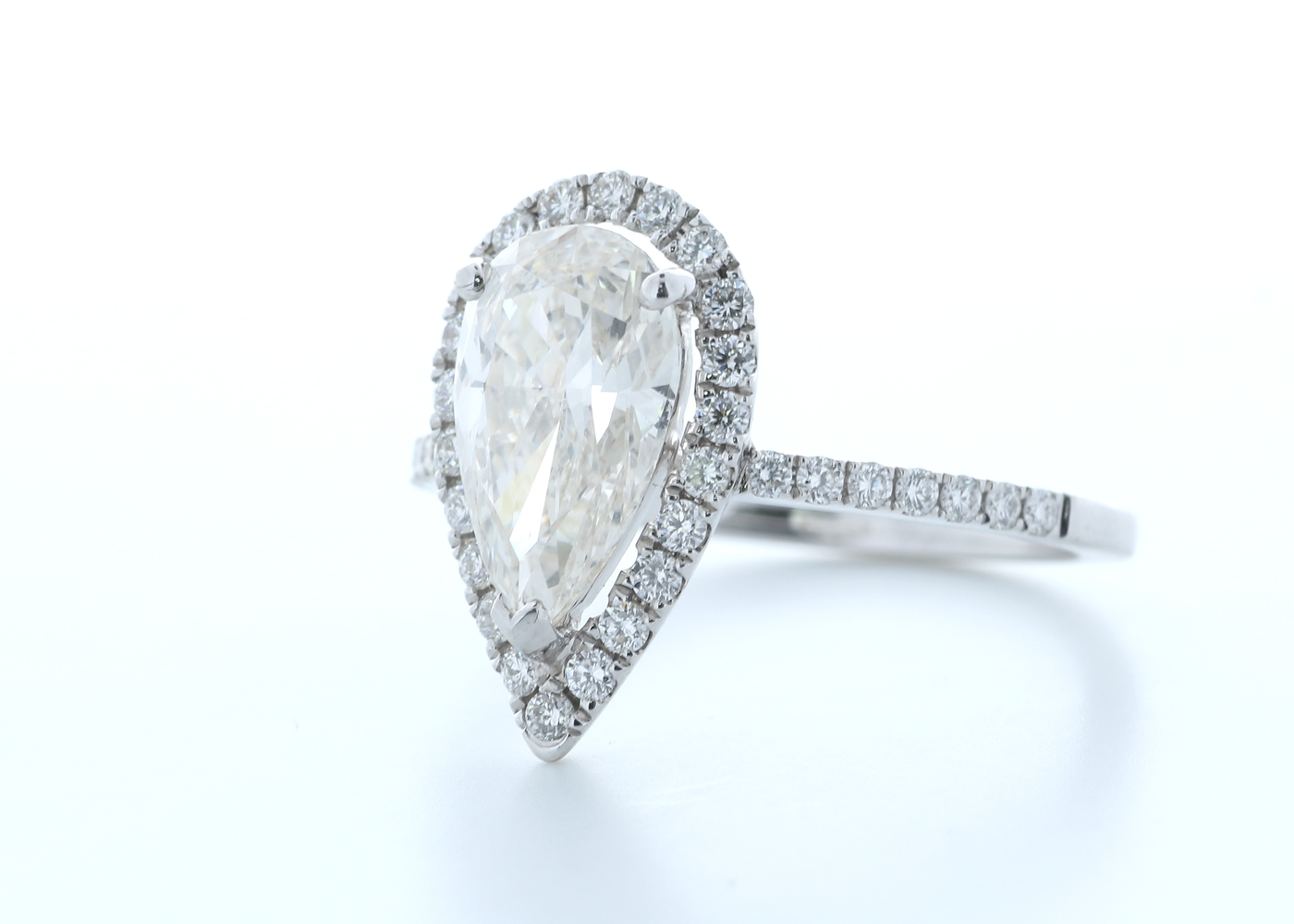 18ct White Gold Single Stone With Halo Setting Ring 2.54 (2.04) Carats - Image 2 of 5