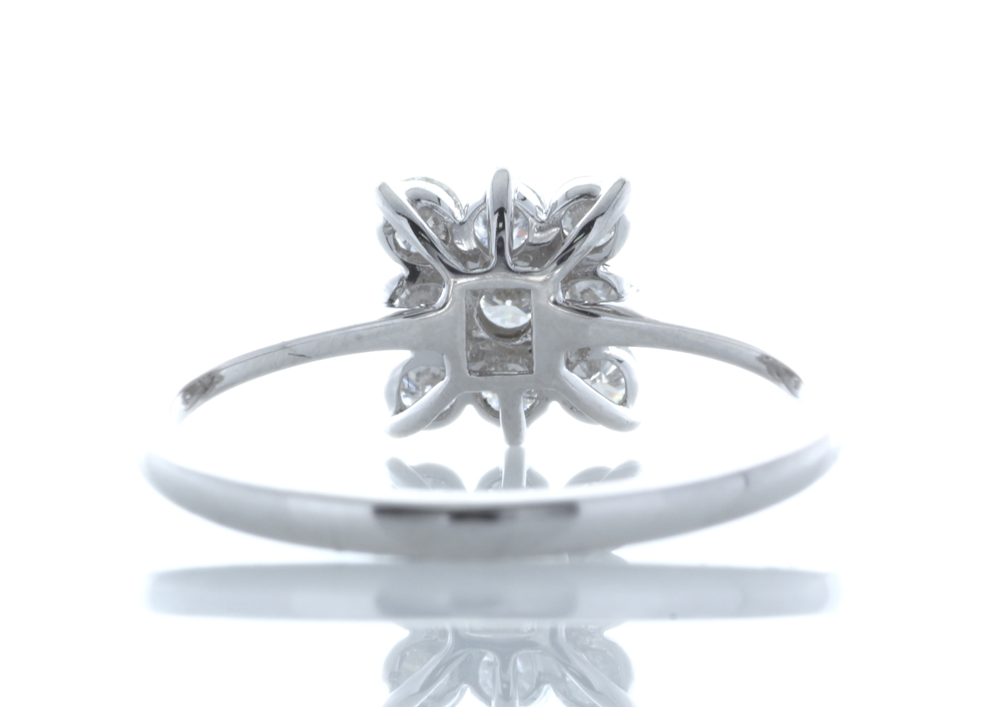 18ct White Gold Fancy Cluster Diamond Ring 0.45 Carats - Image 3 of 4