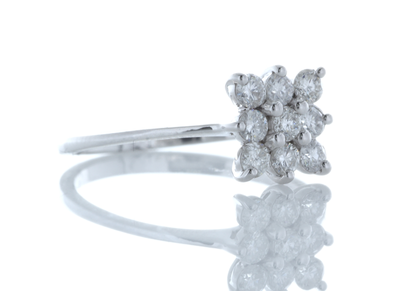 18ct White Gold Fancy Cluster Diamond Ring 0.45 Carats - Image 4 of 4