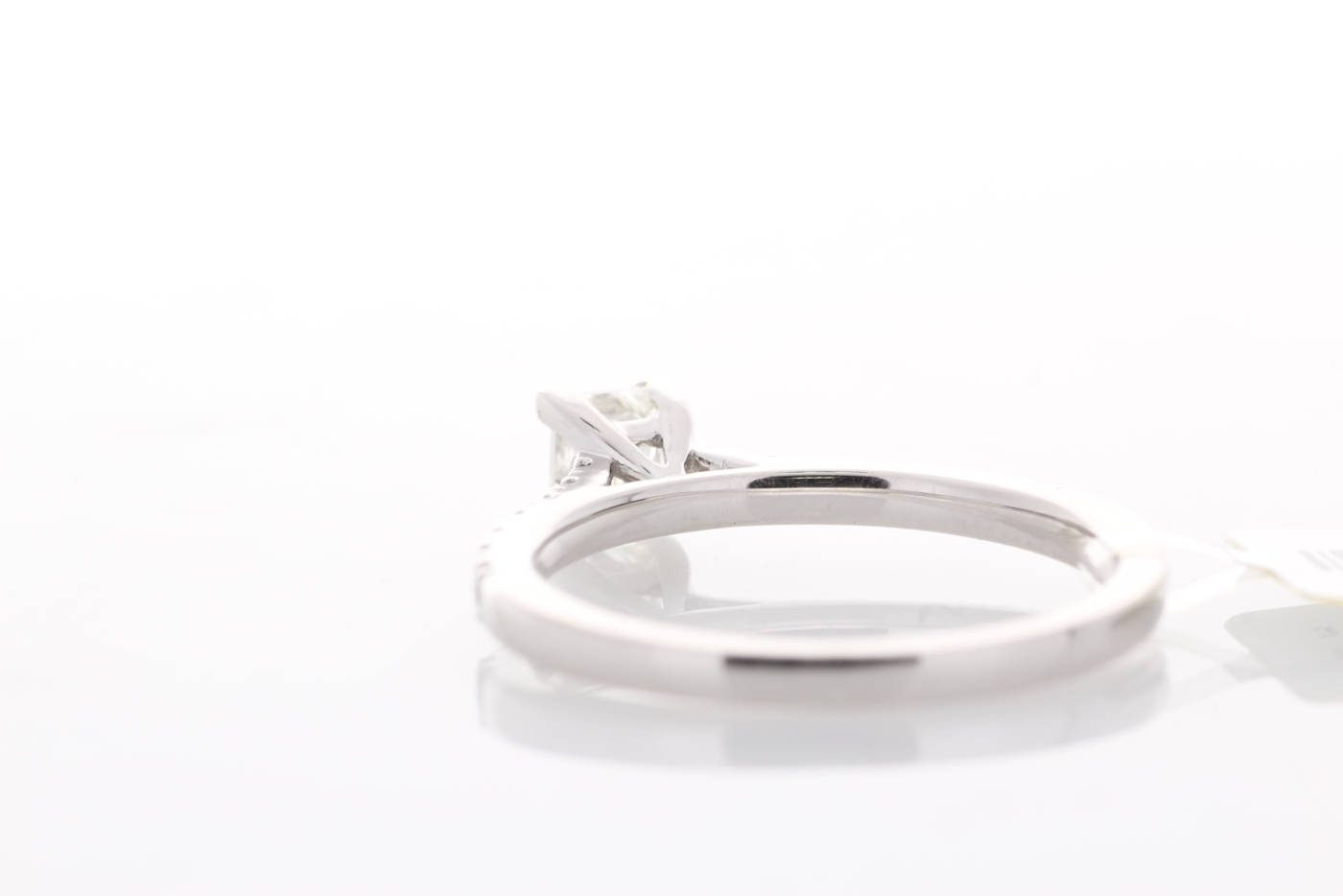 18ct White Gold Stone Set Shoulders Diamond Ring 0.61 Carats - Image 5 of 5