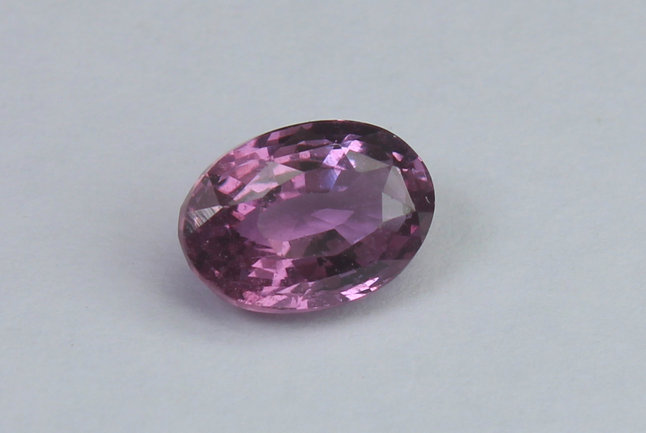 Pink Sapphire, 1.56 Ct - Image 2 of 5