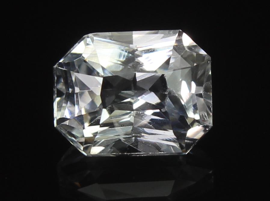 White Sapphire, 1.39 Ct