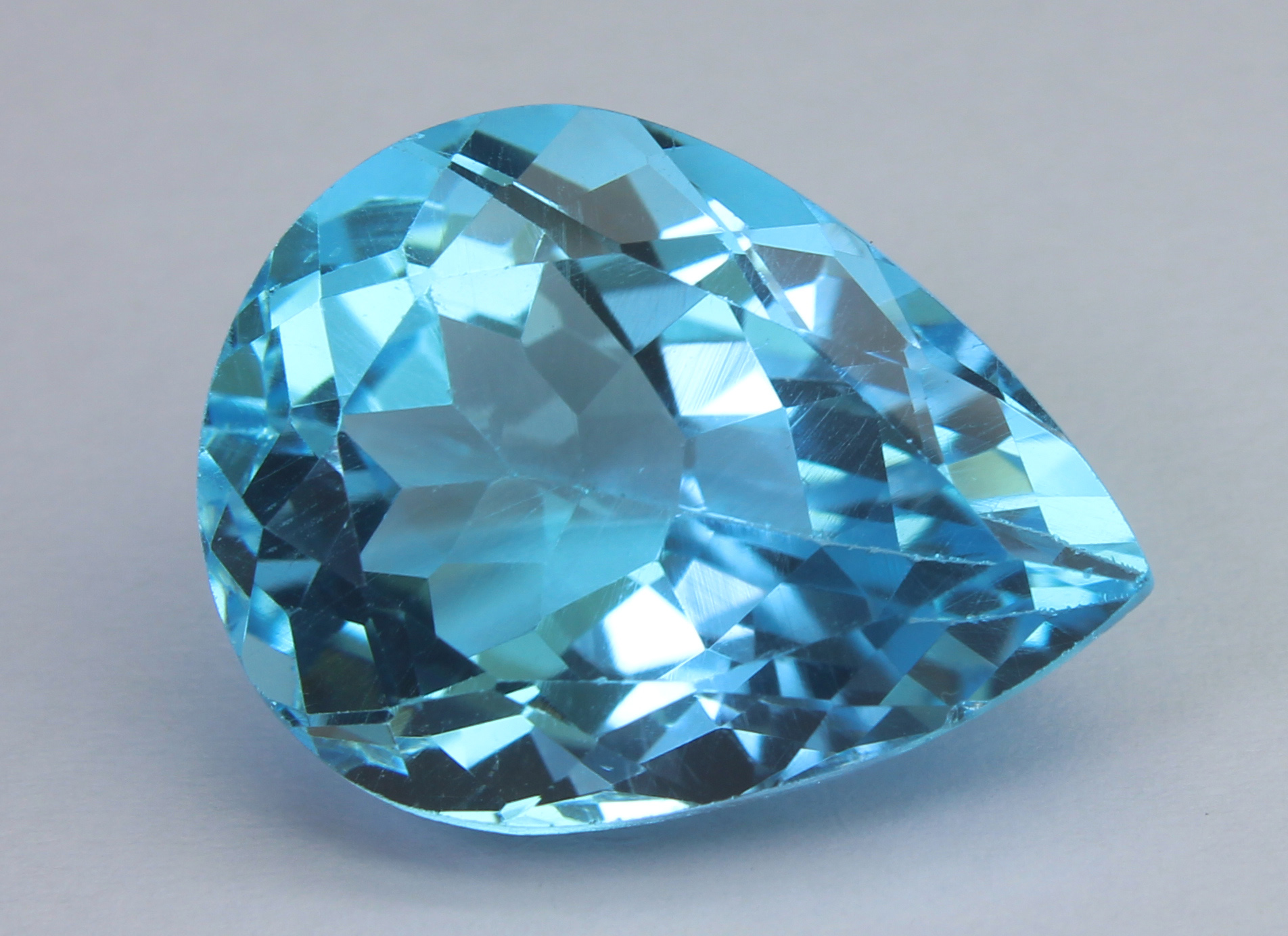 Blue Topaz 18.28 Ct - Image 3 of 6