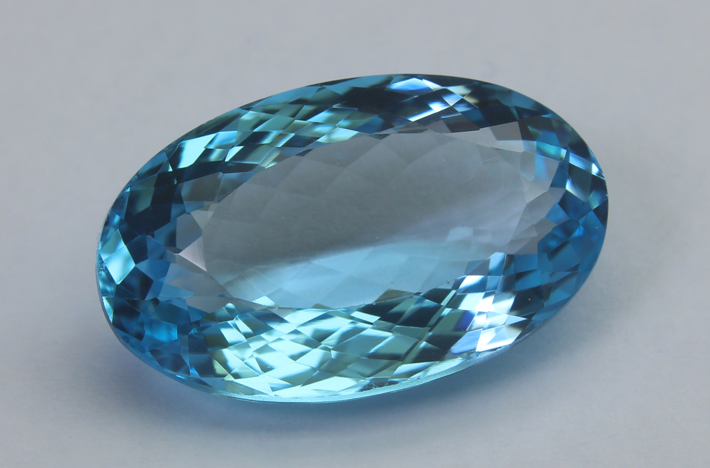 Topaz 19.25 Ct - Image 2 of 6