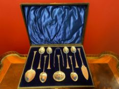 Tea setSeT, ten pieces silver soops