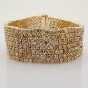 18K Gold Bracelet- 27,41 ct Natural Fancy Diamond