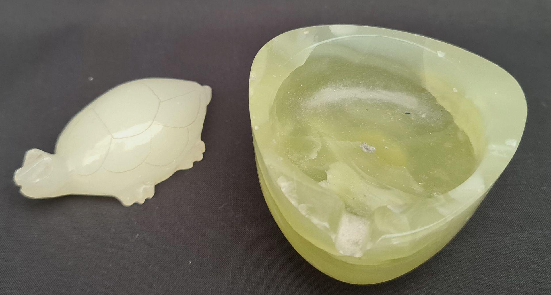 Retro Onyx Calibri Astray & Carved Onyx Turtle