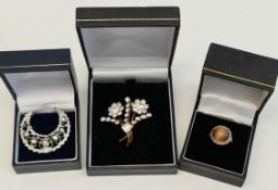 Vintage Parcel of Boxed Jewellery Includes Sterling Silver