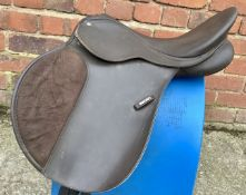 "16 1/2"" XW Wintec Changeable Gullet GP Saddle - Brown"