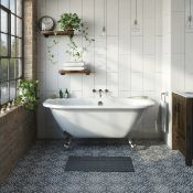 New (P3) 1700x750mm D Shape Roll Top Slipper Tradiational Bath. Rrp £1,099. Comes Complete Wit...