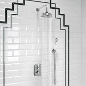 New & Boxed 150mm Traditional Stainless Steel Wall Mounted Head, Rail Kit. RRP £511.99. Ss2WCt...