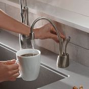 New (Y7) Hc1100 Steaming Hot & Cold Water Tap. RRP £528.00. Provides Hot & Cold Filtered Water...
