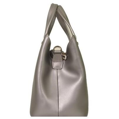 Longchamp - Shiny Leather Shoulder Bag - Image 4 of 5