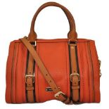 Burberry - Alchester Bowling Medium Leather Hand Bag