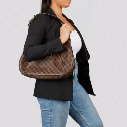 Luxury Preowned Handbags I Chanel. Gucci, Louis Vuitton, Christian Dior.