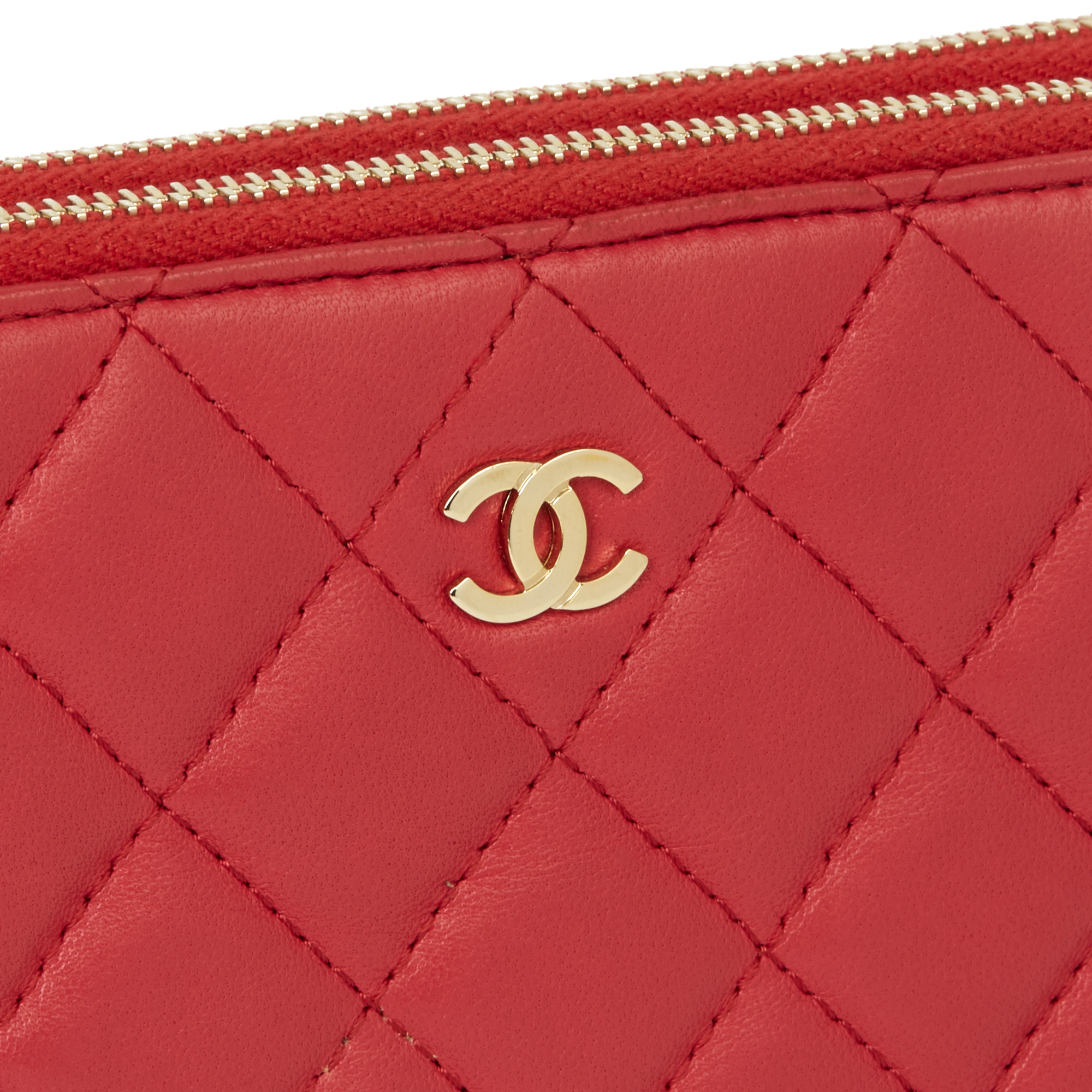 Chanel Red Quilted Lambskin Double Zip Wallet-on-Chain WOC - Image 8 of 11