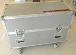 Wheeled Flight case Silver (Approx. LxWxH 99 x 49 x 75cm)