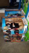 (R3L) 4 X Hot Wheels Monster Trucks RC Boneshaker