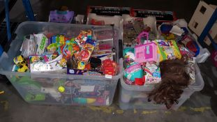 (R3H) Contents Of 2 Containers. Mixed Kids Toys To Include Hot Shots Yo Yo, Vet Squad Reef Rescue,