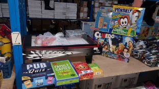 (R3G) 9 Items : To Include Table Top Pool / Air Hockey Table, Cluedo, Pensilly, Pub Quiz, Hilarious
