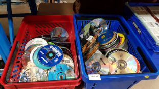 (R7D) Contents Of 2 Baskets : A Quantity Of Mixed Loose PC Game Discs To Include 007 Nightfire, Tot