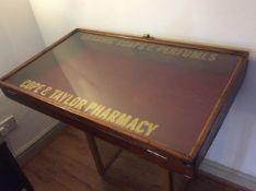 Excellent Victorian Mahogany Shop Counter Display Case