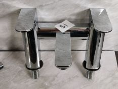 Luxury Designer Bath Filler Curved Tap Unit RRP £229