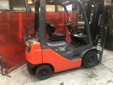 Toyota 02-8FGF15 gas counterbalance- non runner for spares/repairs