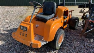 Sisis 21-iD. Compact tractor diesel pump needs attention