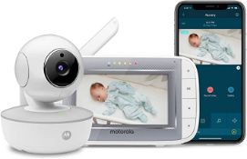 """(R6C) Baby. 2 Items. 1 X Motorola 4.3"""" WiFi Video baby Monitor With Remote Pan And Tilt. & 1 X Mo"""