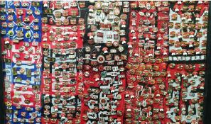 Approx 400 plus manchester united pin badges.