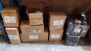 (R6D) Solar Lighting. 9 Boxed Items. 2 X Raincoat Ducks Solar Light (2 X Per Pack), 1 X Pillar Sola