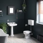 New & Boxed Tradiational Cambridge Low-Level Cistern Toilet- With Luxury Soft Close Seat. Ccg6...