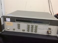 HP 5352B MICROWAVE FREQUENCY COUNTER