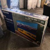 Samsung ue55tu8300kxxu 55 inch curved crystal uhd, 4k hdr, smart tv [black] 80x124x27cm rrp: £1078.0