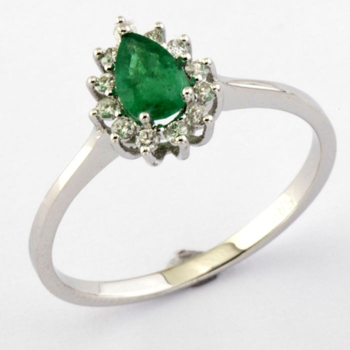 14K White Gold Cluster Ring , natural emerald and diamond